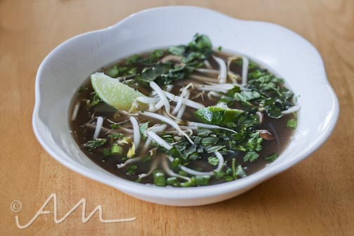 vegan nutrient packed pho food foto