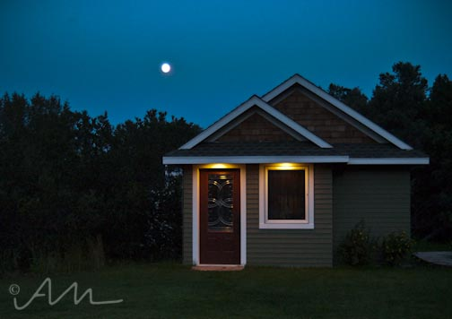 supermoontinyhouse-1