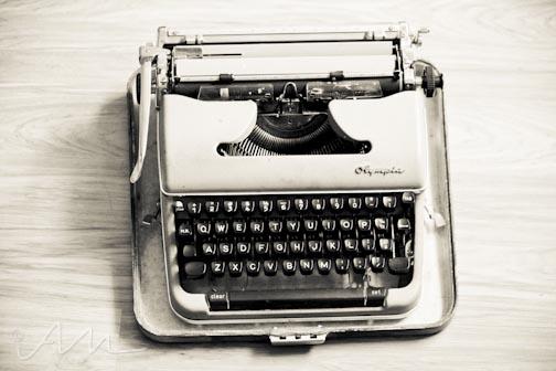 oldschooltypewriter-2